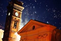 Stelle di fuochi (Meteoraaaa) Tags: fuochi pirotecnici sera cielo campanile chiesa scafati festa