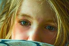 Eva (fotofrysk) Tags: eva reading closeup face portrait family nederland netherlands drente meppel sigma1750mmf28exdcoxhs nikond7100 201805222149