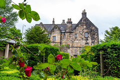 Provand's Lordship and gardens in Glasgow (travelmag.com) Tags: glasgow eastend provandslordship roses garden