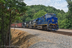 NS 16T at Friendship RD with the N&W Heritage Engine leading (Travis Mackey Photography) Tags: ns 16t shawsville va nw heritage engine gevo christiansburg district