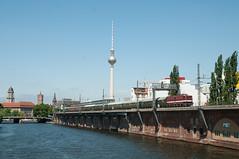 14-7-2018 - Berlin Jannowitzbrücke (berlinger) Tags: berlin deutschland jannowitzbrücke eisenbahn railways railroad sonderzug br211 br109 störtebecker express locomotive