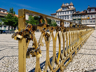 Largo do Toural - Last Love Locks in Guimarães, Potugal