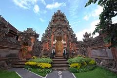 IMGP1397 Hindu Temple (Claudio e Lucia Images around the world) Tags: hindu temple ubud bali indonesia pentaxk3ii pentax pentaxart sigma sigma1020 hindutemple holyplace