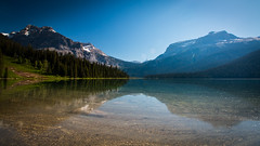 Emerald Lake, Yoho National Park, Canada (throzen) Tags: national park landscape mountain mountains hill hills green blue beauty beautiful sky skies glacier glaciers canon eos 70d 1018 efs outside outdoors scenic scenery lake water reflection polarizer clear trees forest yoho canada