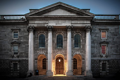 Trinity College Dublin (HeinzDS) Tags: trinity college dublin nightview architecture university d5500 sigma art blue hour