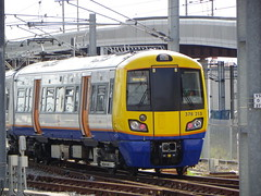 378215 (Rob390029) Tags: london overground class 378 378215 stratford