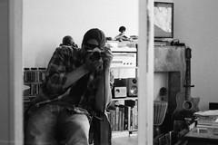 Untitled. (35mm) | Ilford Pan 400. (samuel.musungayi) Tags: film argentique analog 35mm 24x36 135 pellicule pelicula negativo negative négatif scan photography photographie fotografia samuel musungayi samuelmusungayi light life black white blackandwhite noir blanc noiretblanc monochrome