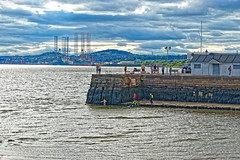 Broughty Ferry Harbour (Geoff Henson) Tags: pier jetty harbour estuary sea water swimmers city view seascape clouds sky penguin building