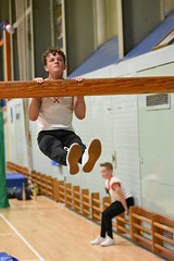 DSC_6168 (Amateur 'tog from Exeter) Tags: royalmarinescommando marinecadets rmvcc vcc ctcrm rm ctc lympstone military physdisplay babybootneck gym vaulting frontflip backflip kids children child pti pe exmouth exeter