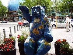 Zodiac Bear located on the Kurfürstendamm (Ku'Damm) (a3rynsun) Tags: bear sculpture signs berlin art germany deutschland painted kudamm zodiac bundesrepublik kurfürstendamm
