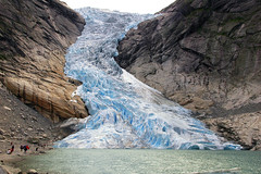 Briksdalbreen (R.Duran) Tags: norway norge nikon europa europe d70s glacier noruega glaciar olden nordfjord 50v5f briksdal 100vistas sigma18200mm interestingness376 i500 lovephotography 50club jostadelbreen