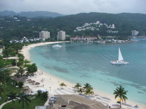 Vista panorámica de una playa en Ocho Rïs