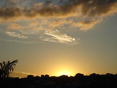 The sun behind the house 2 (marlenells) Tags: roof sunset sky cloud sun silhouette topc25 topv111 backlight 1025fav wonder topv333 zoomzoom maringá abigfave 123f10 bfv10