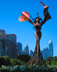 Queen of Daphne Garden (JasonCross) Tags: chicago art statue freedom statues queen fairy grantpark daphne nymph daphnegarden dessakirk