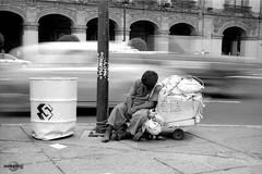 Autorretrato I (HippolyteBayard) Tags: angel mexico via bandera zocalo ciudaddemexico distritofederal vias puntopixel juancarlosmejíarosas