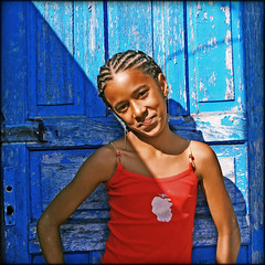 Our beautiful heritage... (carf) Tags: poverty girls brazil streets boys brasil kids youth hair children hope kid community education support child hummingbird afro culture esperana social impoverished underprivileged afrobrazilian altruism shanty educational beijaflor favela development investment prevention cultural hairstyling changemakers mundouno