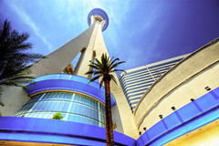 Stratosphere Tower, Las Vegas (Wolfgang Staudt) Tags: travel blue tower clouds skyscraper palms high nikon lasvegas nikond70 nevada sigma bluesky games palm poker thestrip vacancy stratosphere xscream wideangel bigshot stratospheretower insanitytheride stratospherehotel staudt sigmaaf4561020dchsm wolgangstaudt