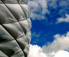 Allianz Arena, Munich, Germany (Pianoman75) Tags: architecture germany munich geotagged football bravo stadium soccer august 2006 stadion muenchen allianzarena cy2 challengeyou challengeyouwinner worldwalker impressedbeauty geo:lat=48217589 geo:lon=11625627 superbmasterpiece top20bavaria
