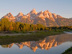 Schwabacher's Landing (Matt Champlin) Tags: life morning mountains west america sunrise landscape reflecting wyoming grandtetons nationalparks majesty grandtetonsnationalpark schwabacher specnature schwabacerslanding
