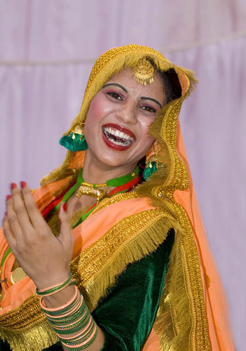 Giddha (Folk Dance of Punjab) Performer