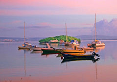 """3 lets"" 6 AM / 6h du matin (ZOBEL *) Tags: sun boats martinique caribbean raising aphoto abigfave aplusphoto"