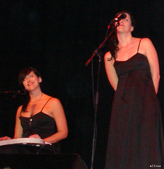 The Watson Twins at Town Hall 10/13/06