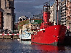 Red boat in Liverpool harbour (Giloustrat) Tags: liverpool red dimage uk britain port nuages