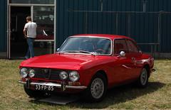 1975 Alfa Romeo GT Junior 1.6 Lusso (rvandermaar) Tags: 1975 alfa romeo gt junior 16 lusso alfaromeo alfaromeogtjunior alfaromeogt alfagt alfagtjunior gtjunior sidecode3 33fp85 rvdm