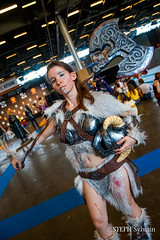 Japan Expo 2018 1erjour-105 (Flashouilleur Fou) Tags: japan expo 2018 parc des expositions de parisnord villepinte cosplay cospleurs cosplayeuses cosplayers française français européen européenne deguisement costumes montage effet speciaux fx flashouilleurfou flashouilleur fou manga manhwa animes animations oav ova bd comics marvel dc image valiant disney warner bros 20th century fox féee princesse princess sailor moon sailormoon worrior steampunk demon oni monster montre