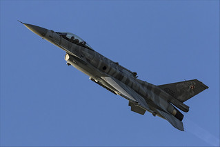 Lockheed Martin F-16C Fighting Falcon - 32