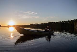 Soutuvene järvellä - Rowing boat
