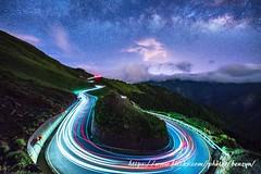 夏夜 (Benzyu) Tags: 合歡山 昆陽 台14甲線 山岳 銀河 雲海 車軌 風景 夜景 昆陽之眼 sigma14mmf18art u型彎道