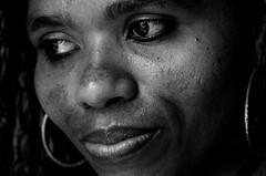 Foto-Arô Ribeiro-2919 (Arô Ribeiro) Tags: arte fineart blackwhitephotos photography laphotographie pb bw nikond7000 thebestofnikon nikon blackandwhite candidportrait portrait brazil