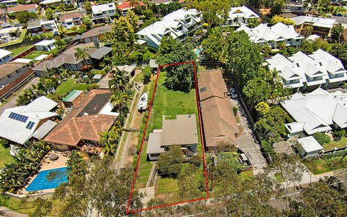 81 Willoughby Rd, Terrigal NSW 2260