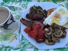 3587 Sunday Brunch (Andy - Busy Bob) Tags: bacon bbb breakfast brunch eee egg fff fullenglish lincolnshiresausage lll mmm mug mushroom photostream potato ppp sausage sss tea toast tray ttt tomato tinnedplumtomatoes