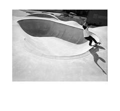 Patrick S. -  fs feeble - Fürstenzell (Mario Aux) Tags: 120 rollfilm rollei 40mm pool feeble grind skateboarding crop 6x6 mediumformat mittelformat