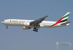 Emirates Airlines - Boeing 777-200ER - A6-EMI (Stavridis - Aviation & Photography) Tags: emirates emirati airlines airways airline airliners planespotters planespotting spotting plane planes boeing 777 777200er 772 rr dxb omdb dubai runway landing avgeek spotters