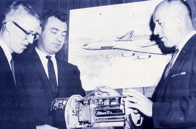 Sperry Rand UNIVAC antenna coupler