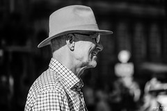 Dapper (Cycling Road Hog 2018) Tags: beard blackwhite candid canoneos750d citylife colour efs55250mmf456isstm edinburgh fashion hat man monochrome people places royalmile scotland street streetphotography streetportrait style urban