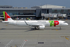 TAP Air Portugal Airbus A321-251N CS-TJI LHR 01-07-18 (Axel J. ✈ Aviation Photography) Tags: tap airportugal airbus a321 cstji lhr london heathrow luftfahrt fluggesellschaft flughafen flugplatz aircraft aeroplane aviation airline airport airfield 飞机 vliegtuig 飛機 飛行機 비행기 авиация самолет תְעוּפָה hàngkhông avion luchtvaart luchthaven avião aeropuerto aviación aviação aviones jet linienflugzeug vorfeld apron taxiway rollweg runway startbahn landebahn outdoor planespotter planespotting spotter spotting fracht freight cargo