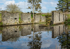 The Linnet Shed (peterclayton2512) Tags: reflections steamboat crinancanal canals scotland