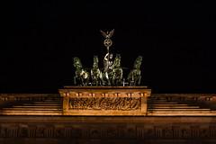 Berlin. The Brandenburg Gate (Brandenburger Tor) (uomomare) Tags: followme travel vacation berlin city people germany deutschland