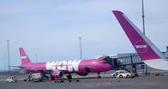 Wow Air A321-211 TF-KID (kenjet) Tags: kef bikf keflavik iceland airport ramp tarmac airbis a321 a321211 tfkid ww wow wowair purple plane jet flugzeug airline airliner vpbps utair a321200 keflavikairport