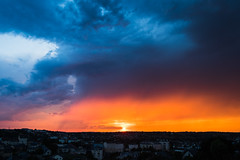 Quel ciel ! (Nathalie Falq) Tags: aveyron france midipyrenees occitanie rodez ciel crépuscule formatpaysage paysage paysageurbain fujifilmxt2 xf1855mmf284rlmois fujifilm