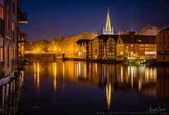 Trondheim night with Nidelva Mirror (Aziz Nasuti) Tags: gamlebybro jule reflection bakklandet nrktrondelag sonya7r nidaroscathedral opplevtrondelag snow natt exploretrondelag norway vinter night beautiful trondheim norge chrismascard bakkebru colors boat snø trøndelag nidelva domkirke sørtrøndelag