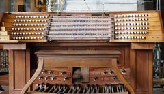Organ keyboard - Église Saint-Eustache, Paris (Monceau) Tags: organ keyboard keys stops églisesainteustache paris church