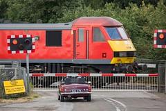 90036 & MG B (deltic17) Tags: mg mgb class90 dbs electric classic train car history ecml