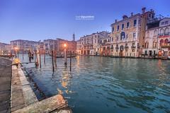 Venezia_1650 (ivan.sgualdini) Tags: italy night seaitaliano boat bridge canal canon city dusk gondola grande italia lights looking pier standing tourist venezia venice water veneto it
