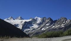 Moiry 2127 mètres (bulbocode909) Tags: valais suisse moiry valdanniviers montagnes nature paysages glaciers neige glacierdemoiry dentblanche grandcornier pointedebricola pointesdemourti tsadelano pointedemoiry couronnedebréona bleu grimentz
