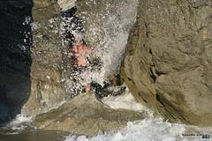 Through rocks and waves... (Κώστας Καϊσίδης) Tags: rocks waves through peristeresbeach rodakino crete greece hellas drops droplets sunny summer july scenery sunlight light